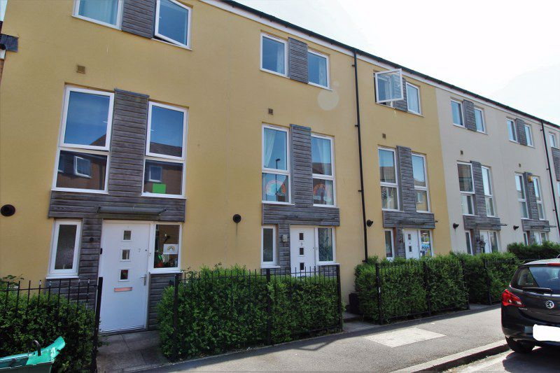Wood Street Patchway